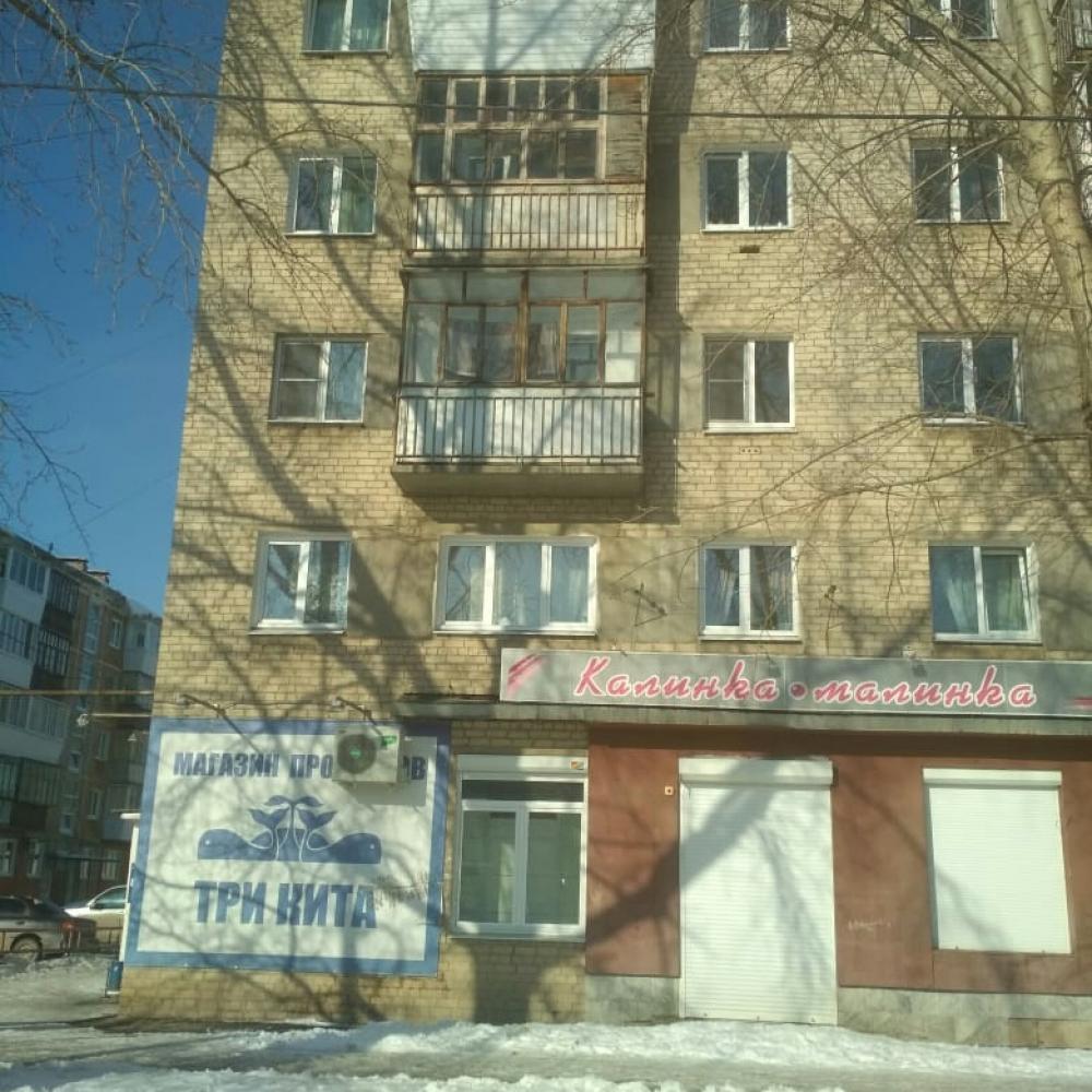 В Каменске-Уральском организована проверка сообщения о травме мальчика, на которого упала ледяная глыба