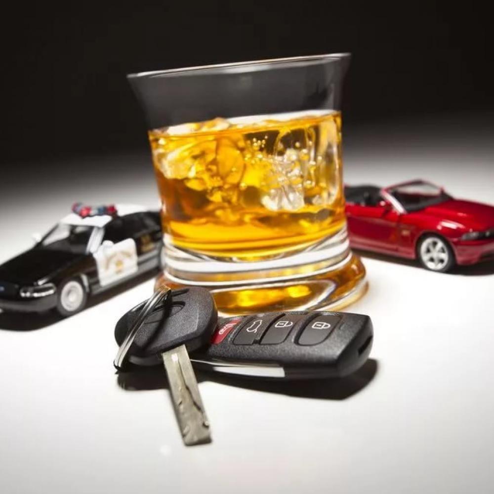 В Каменске-Уральском задержали пьяную автолюбительницу, в салоне машины которой было двое несовершеннолетних детей