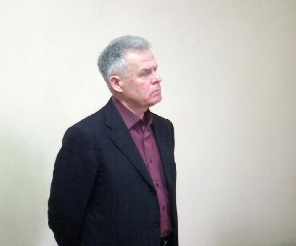 Долг экс-мэра Каменска-Уральского Михаила Астахова перед бюджетом РФ вырос с 13 до 15,5 миллионов. Подробности из зала суда
