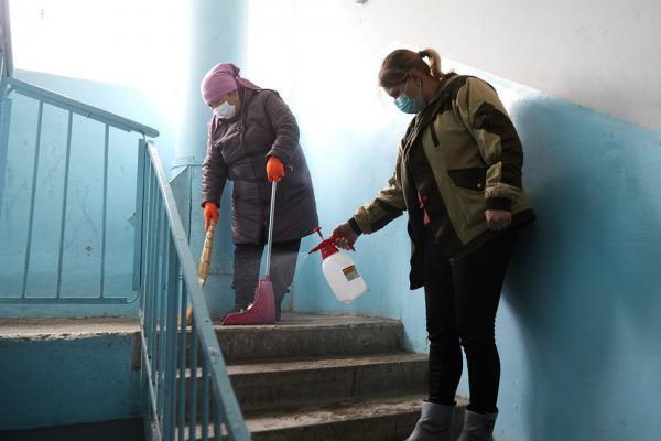 На городском штабе по борьбе с коронавирусом в Каменске-Уральском обсудили дезинфекцию подъездов...