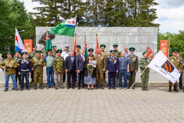 Синарские трубники из Каменска-Уральского почтили память погибших в годы Великой...