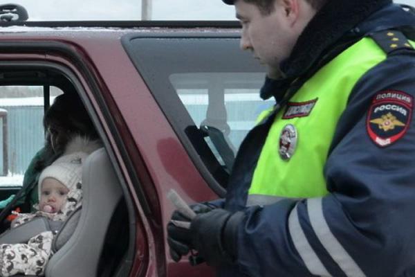 За три дня в Каменске-Уральском зафиксировали почти сто нарушений при перевозке детей в автомобилях...