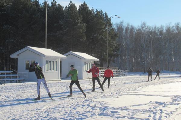 В Каменске-Уральском готовятся к официальному открытию лыжного сезона...