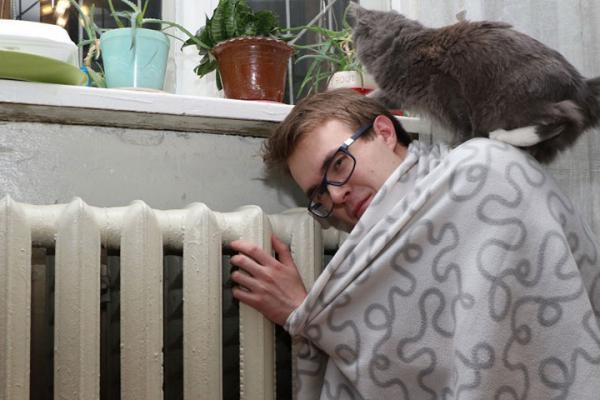 В Каменском районе так же объявили о начале отопительного сезона. Работает «горячая линия» по вопросам подключения теплоснабжения.