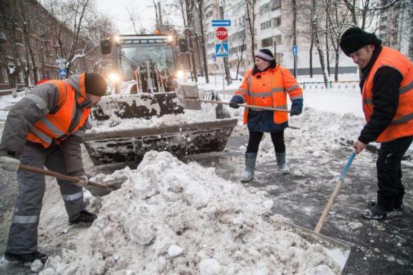 Какие дворы в Каменске-Уральском убирают от снега лучше всего...