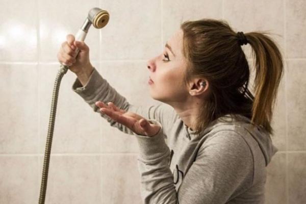 Почти на двое суток останутся без горячей воды четыре десятка домов к Красногорском районе Каменска-Уральского...