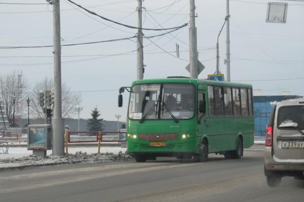 Общественный транспорт в Каменске-Уральском работает по расписанию...