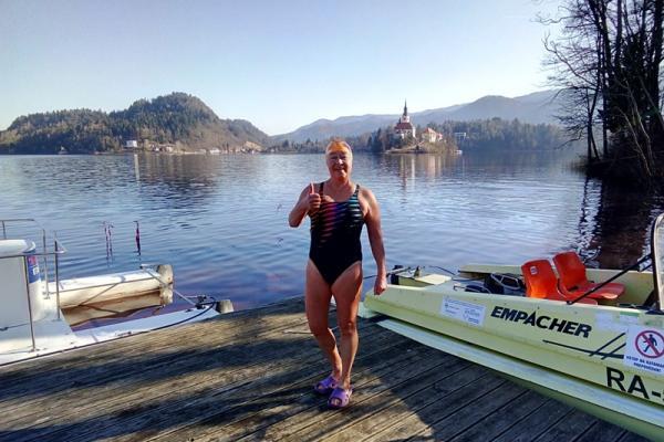 Надежда Дудина из Каменска-Уральского привезла восемь медалей с чемпионата мира по зимнему плаванию...