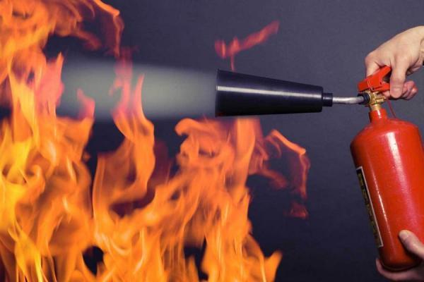 На Каменск-Уральском металлургическом заводе произошел пожар. Пострадавших нет...