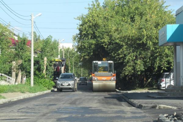 В Каменске-Уральском продолжается масштабный ремонт дорог. Что сделано и где еще предстоят работы...