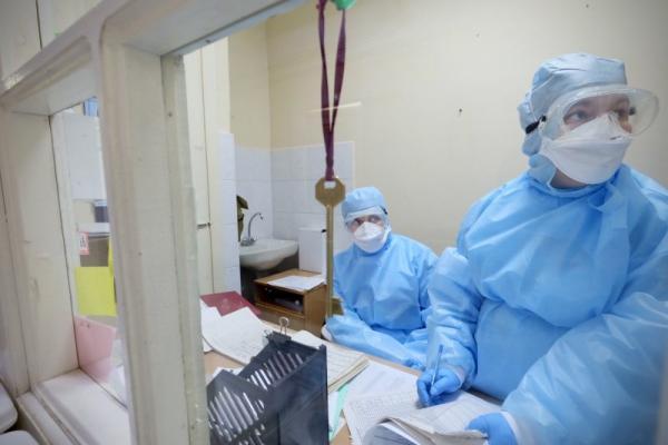 В Каменске-Уральском и районе уже 72 заболевших коронавирусом. 11 из них дети...