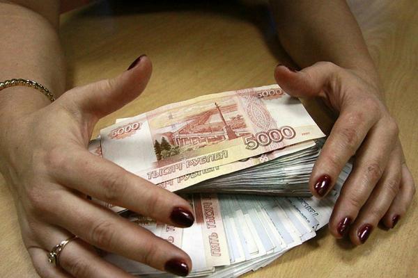 Дабы погасить долг в Каменске-Уральском, жительница Екатеринбурга провернула махинацию с материнским капиталом...