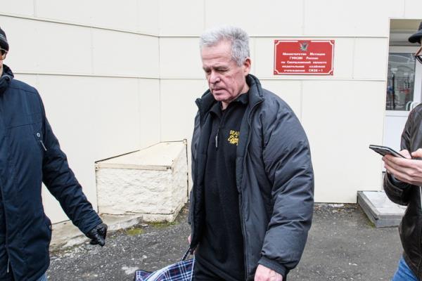 Экс-глава Каменска-Уральского Михаил Астахов вернет полностью взятку, которую получил...