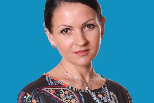 Юлия Макарова:  каменская художница рассказала о творчестве, вдохновении и мастер-классах