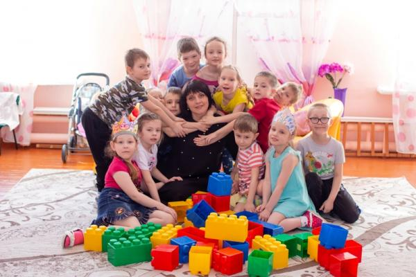 Татьяна Соколова, лучший воспитатель Каменска-Уральского 2019 года: «У нас в группе есть портрет и Владимира Путина, и Алексея Шмыкова»