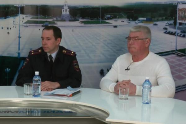 Острый вопрос. В гостях С.Боровинских и А. Суворов