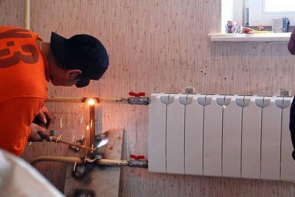 В Каменске-Уральском практически полностью разрешили вопрос с неработающими стояками...
