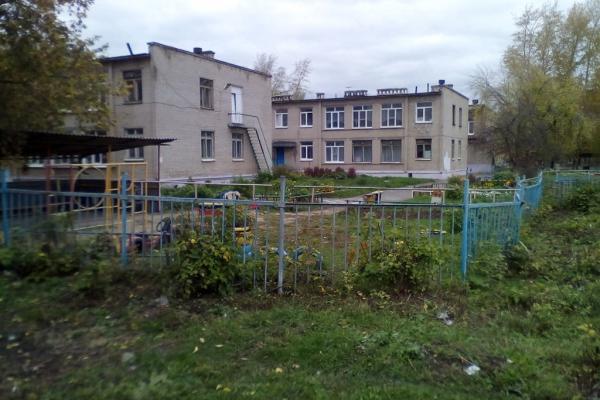 В Каменске-Уральском произошел пожар на территории детского сада в Красногорском районе...
